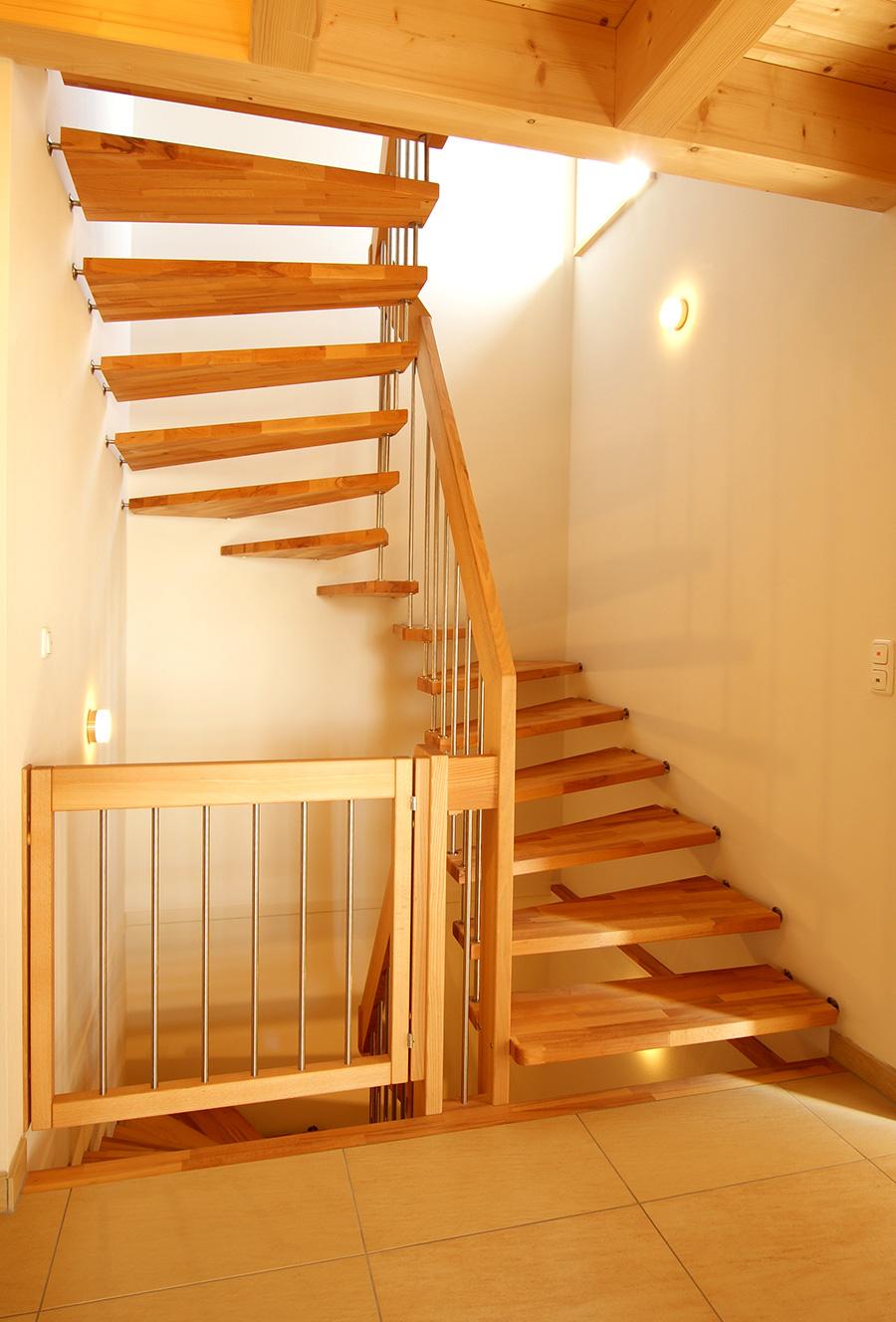 freitragende treppen treppen arte regensburg. Black Bedroom Furniture Sets. Home Design Ideas